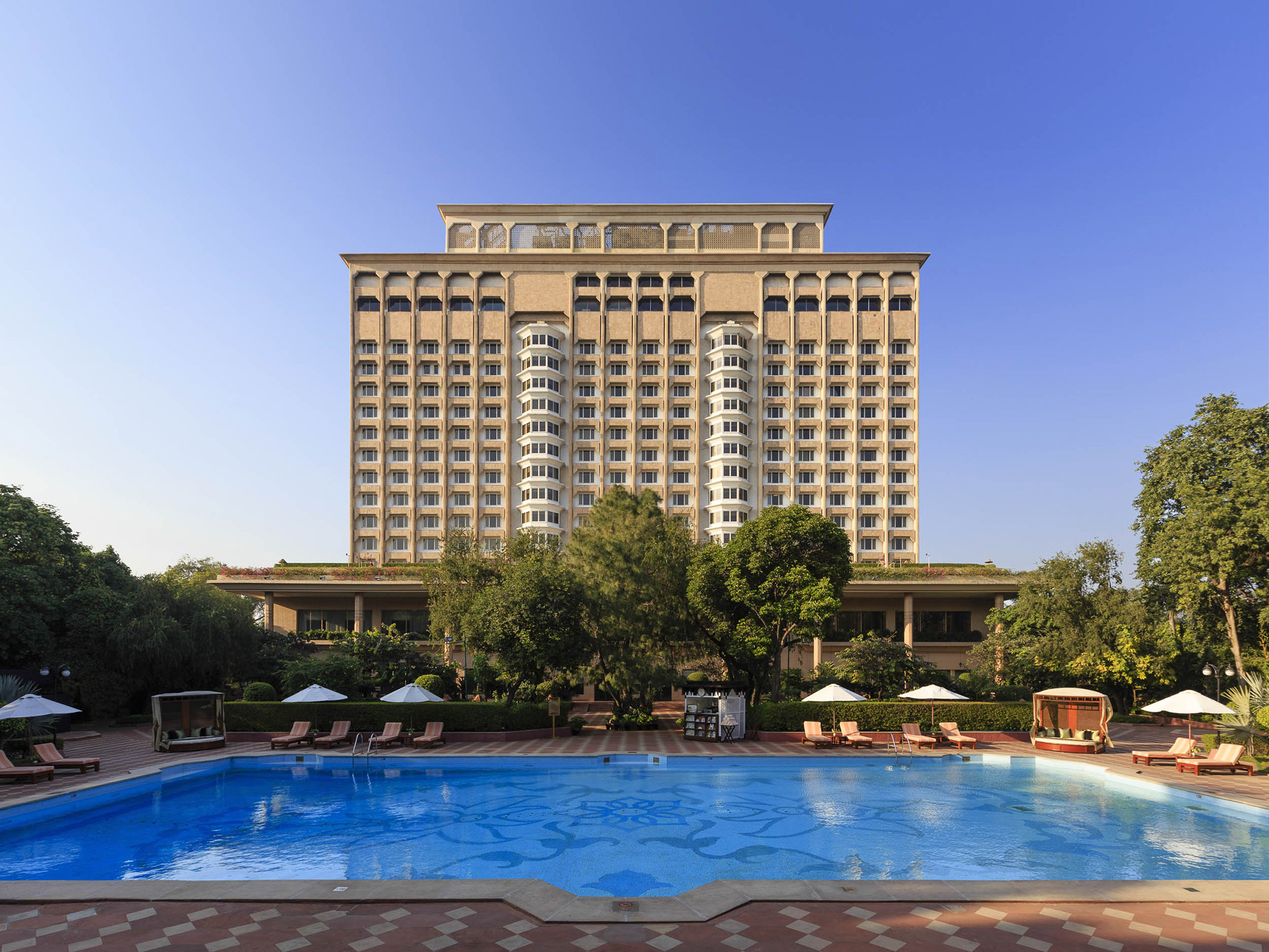 The taj mahal hotel 5 star luxury hotel in new delhi for Contact hotel