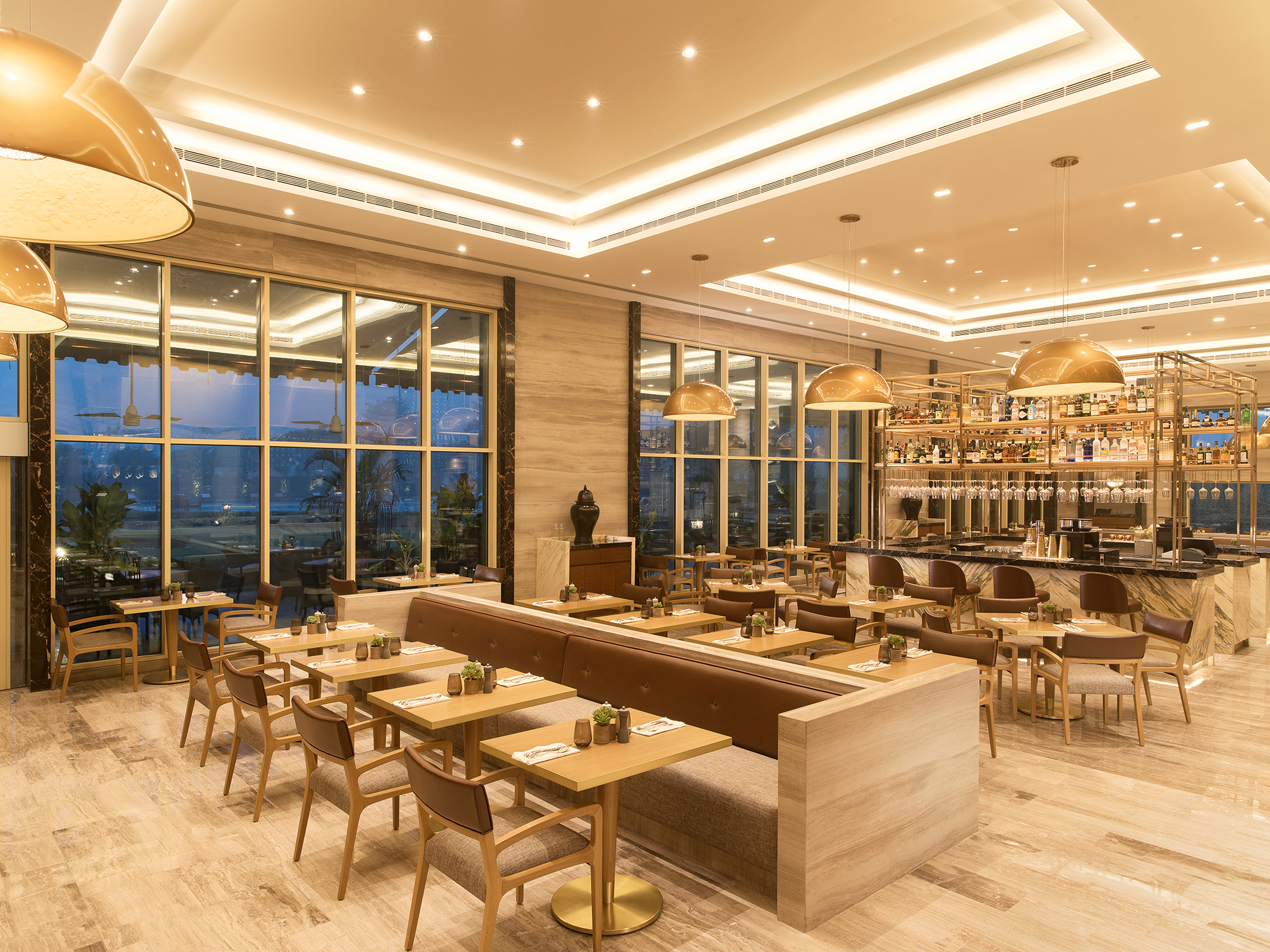 Capital Kitchen Luxury All Day Dining Restaurant In Taj